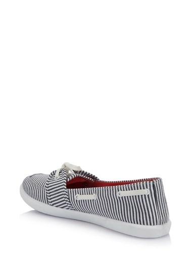 DeFacto Bağcıklı Babet Ayakkabı Renkli